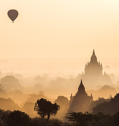 Matteo Colombo - Balloon over Bagan, Myanmar