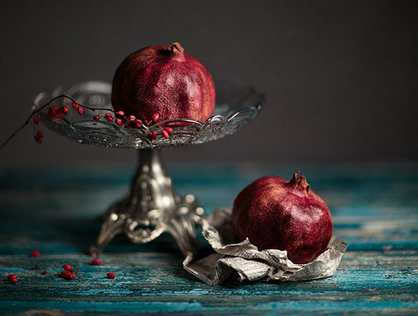 Nailia Schwarz - Still Life with Pomegranate
