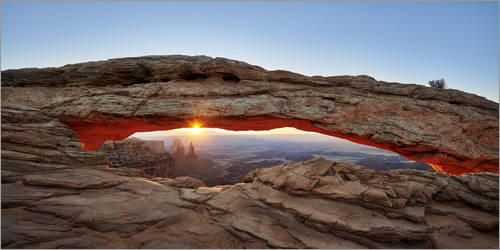 Premium poster sunrise at Mesa Arch in Canyonlands National Park, Island in the Sky, Moab, Utah, USA, North America