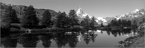 Premium poster Matterhorn reflected in the Grindjisee