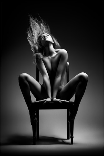 Premium poster Nude woman on chair