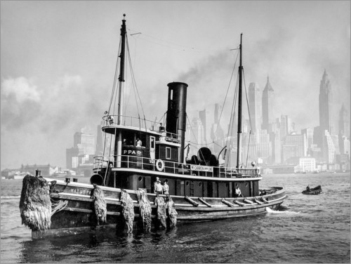Premium poster Tugboat in front of the Manhattan skyline