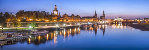 Premium poster Dresden city view in the evening