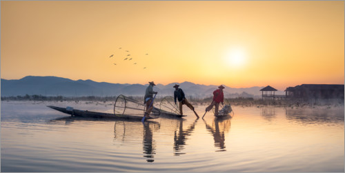 Premium poster Intha Fischer on the Inle Lake in Myanmar