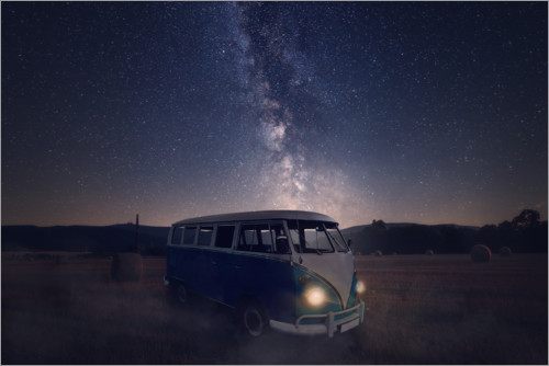 Premium poster Milky way and an old bus on a field
