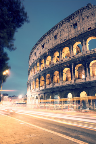 Premium poster The Colosseum at night