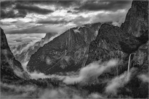 Premium poster Tunnel view in Yosemite National Park