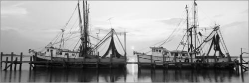 Premium poster Fishing boats at the dock