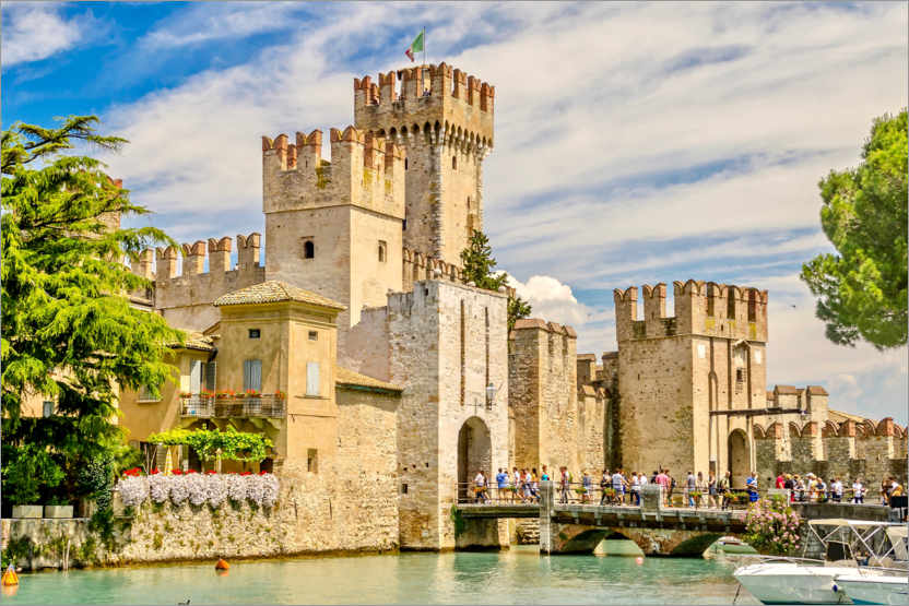 Premium poster The Scaliger Castle in Sirmione, Italy