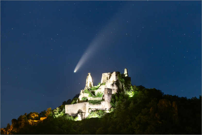 Premium poster Comet Neowise over the ruins of Dürnstein