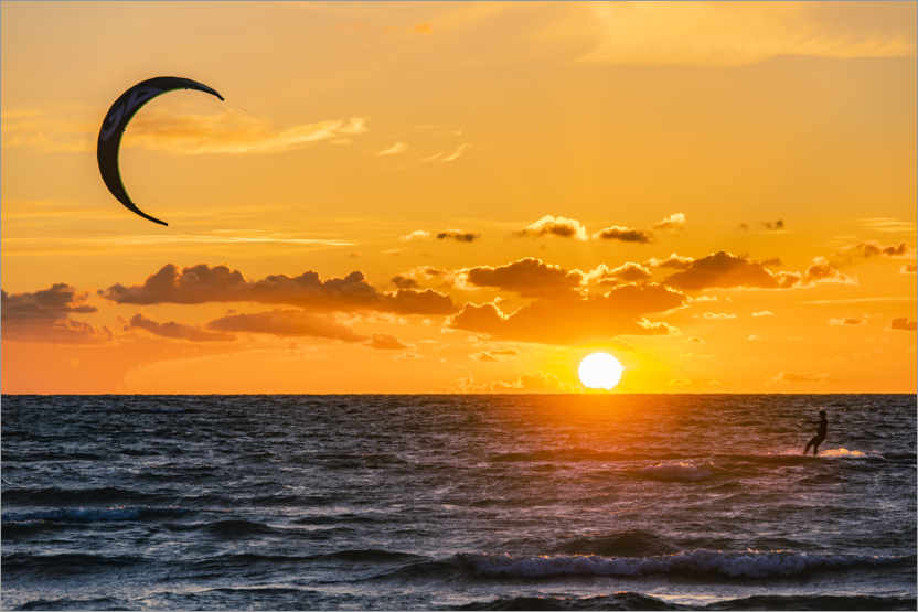 Premium poster Kite surfer in the sunset