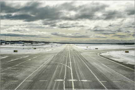 Premium poster Snow covered taxiway