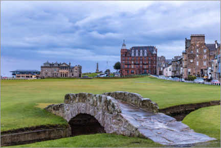 Premium poster  Swilcan Bridge at the Old Course at St Andrews - Mike Centioli