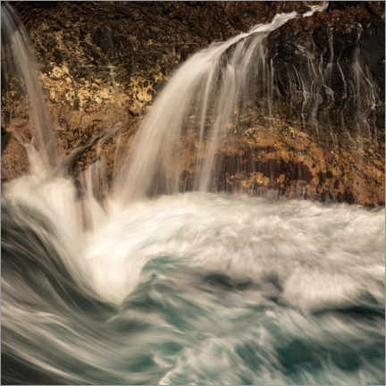 Canvas print  Waterfall and waves on the coast of La Palma - Circumnavigation