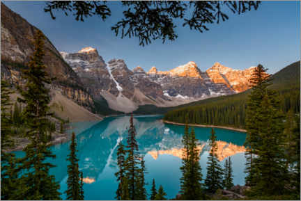 Premium poster  Moraine Lake at sunrise - Yuri Choufour