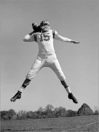 Canvas print  Football Quarterback throwing pass, 1960s