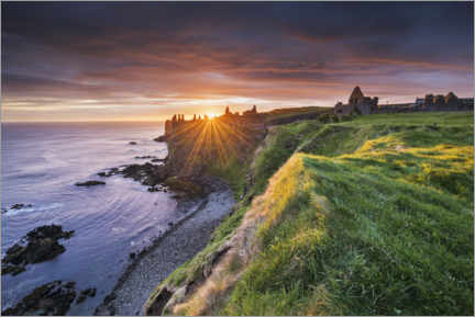 Premium poster  Castle ruins by the sea in Ireland at sunrise - The Wandering Soul