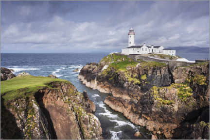 Aluminium print  Lighthouse on rocks by the sea with clouds - The Wandering Soul