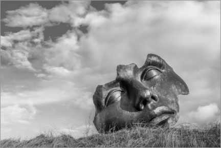 Premium poster  Face in the dunes, black and white - Remco Gielen