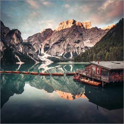 Premium poster  Sunrise on Lake Braies - Matthias Köstler