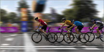Premium poster  Cyclists at the finish line - Artur Cupak