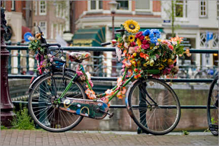 Wood print  Bicycle decorated with flowers in Amsterdam - White Star / Alberto Mateo