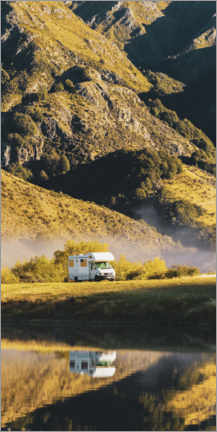 Premium poster  Caravan on aroad trip through New Zealand - Matthew Williams-Ellis