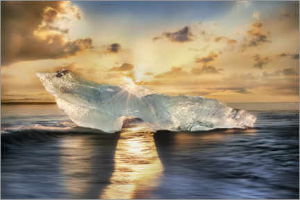 Acrylic print  Shining iceberg on the island of Iceland in the sunlight - Mandfred Voss
