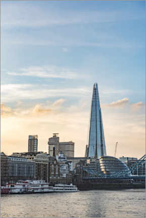 Premium poster The Shard in London at Sunset