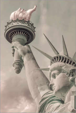 Canvas print  The Statue of Liberty in New York City - Melanie Viola