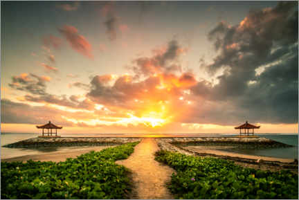 Premium poster  Bali temple by the sea with sunrise - Jan Wehnert