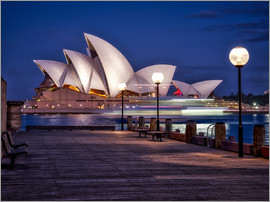 Jim Nix - A boat passes by the Sydney Opera House, UNESCO World Heritage Site, during blue hour, Sydney, New S