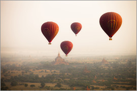 Harry Marx - Aerial view of Balloons over ancient temples more than 2200 temples) of Bagan at sunrise in Myanmar