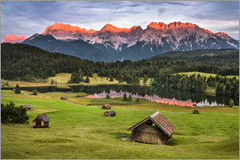 Andreas Wonisch - Alpenglow at Karwendel mountains