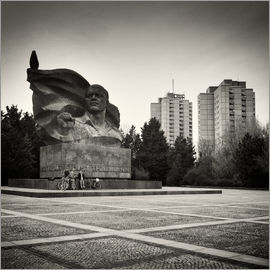 Alexander Voss - Berlin - Ernst-Thaelmann-Park (Analogue Photography)