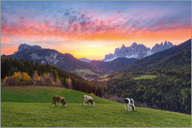 Michael Valjak - View into the Villnöss Valley in South Tyrol at sunrise