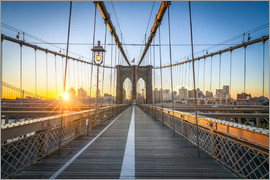 Jan Christopher Becke - Brooklyn Bridge at sunrise in front of the Brooklyn skyline