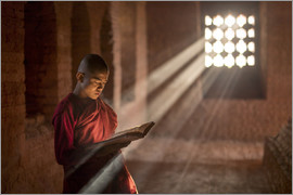 Jan Christopher Becke - Buddhist monk in a monastery in Burma
