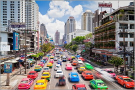 Gavin Hellier - Colourful cars in Bangkok