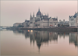 Mike Clegg Photography - Colourful sunrises in Budapest