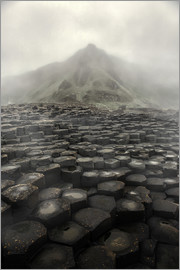 Jaroslaw Blaminsky - Giant's Causeway at dawn
