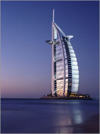 Ian Cuming - The Burj Al-Arab at dusk