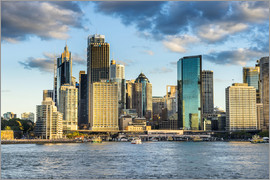 Michael Runkel - The skyline of Sydney at sunset