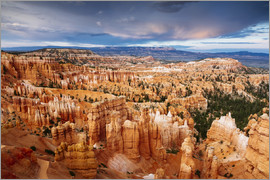 Matteo Colombo - Dramatic sunset over Bryce canyon, Utah, USA