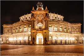 Christian Müringer - Saxon State Opera House in Dresden at night (Germany)