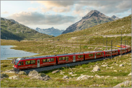 Olaf Protze - Railway at Bernina Pass | Switzerland