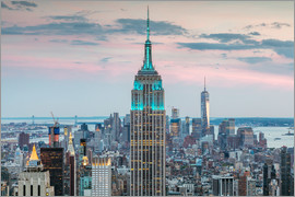 Matteo Colombo - Empire State building and Manhattan skyline at dusk, New York city, USA
