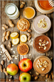 peanut butter smoothie with chocolate, apples, banana and oats