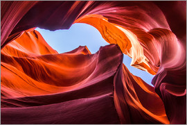 Andreas Wonisch - Colorful sandstone formations at Lower Antelope Canyon