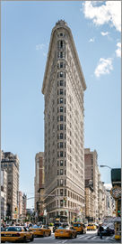 Matteo Colombo - Flatiron Building with taxis